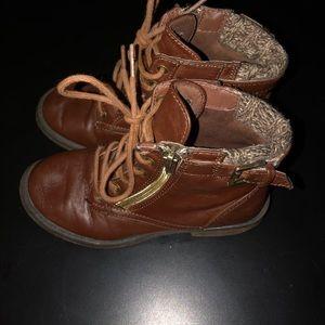 Sarah Jayne brown boots